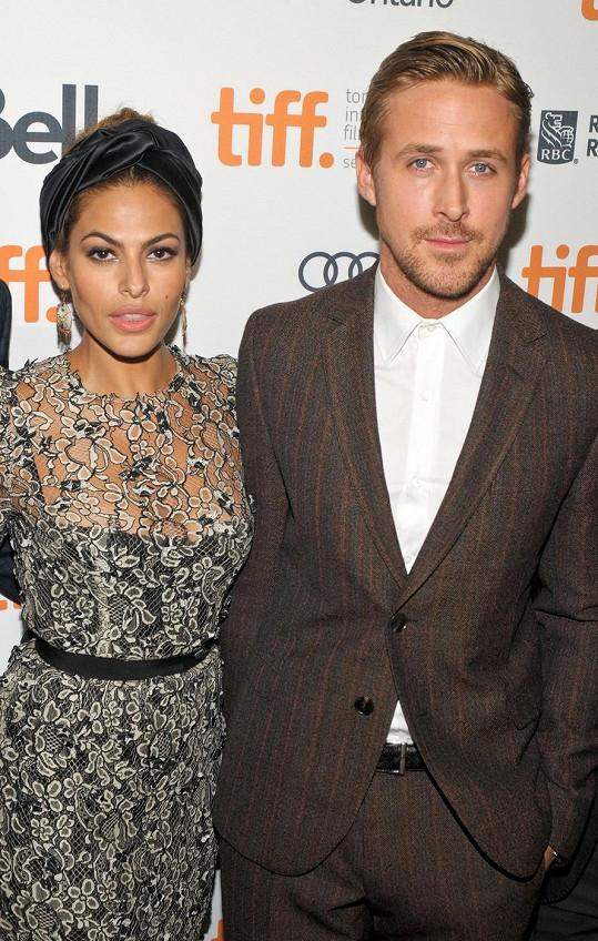 Mendes se s partnerem Ryanem Goslingem prý nedávno rozešla.