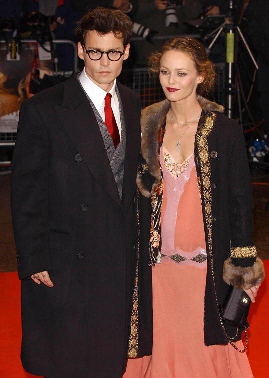 Paradis a Depp tvořili krásný pár.
