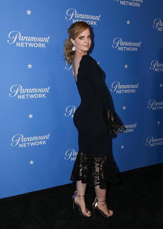 Mena Suvari na párty společnosti Paramount