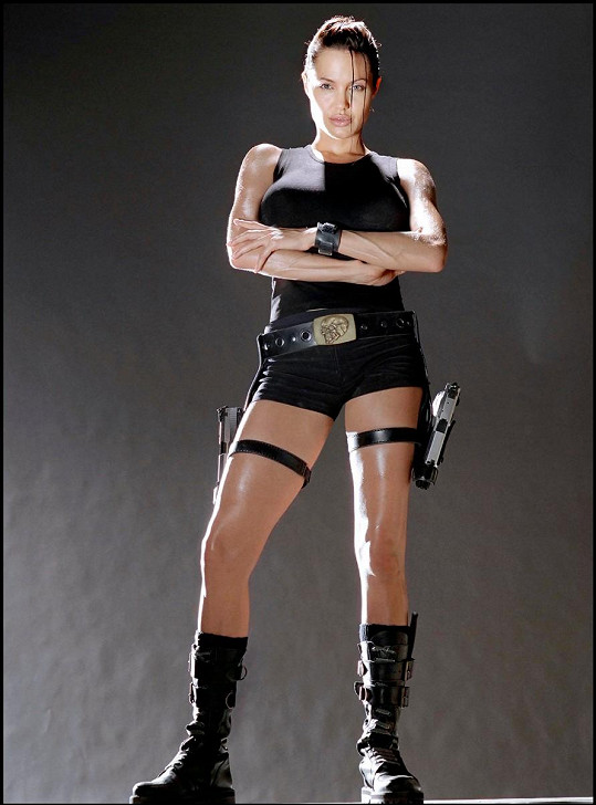 Angelina ve filmu Lara Croft - Tomb Raider (2001)