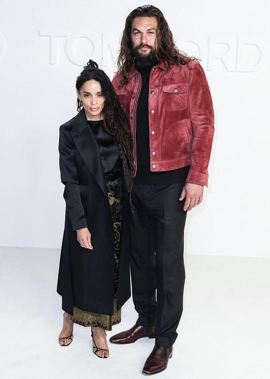 Bonet a její současný manžel Jason Momoa. Mají spolu dvě děti.