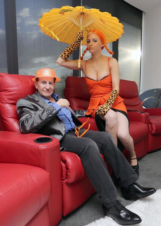 Gabi s manželem Geoffreym Edelstenem na oslavě jeho 72. narozenin.