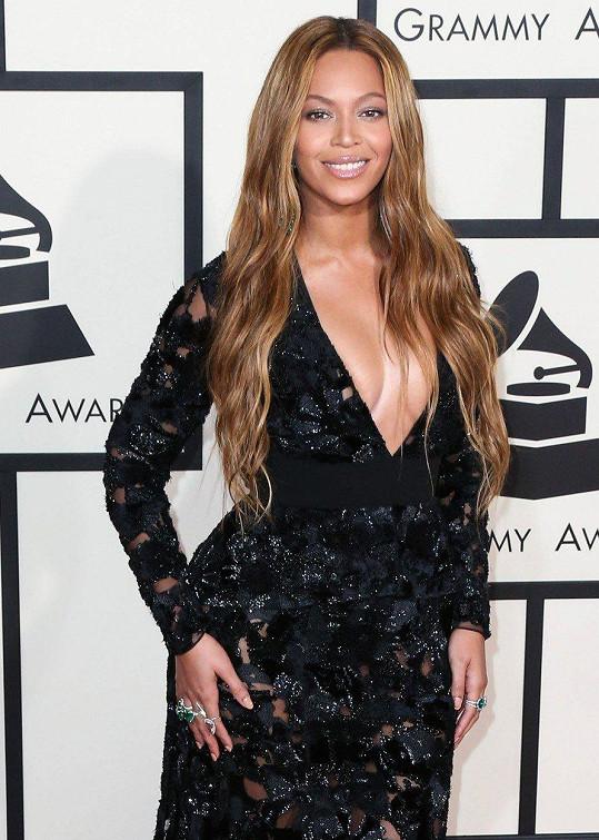 Beyoncé o ztrátě miminka napsala dojemnou píseň Heartbeat.