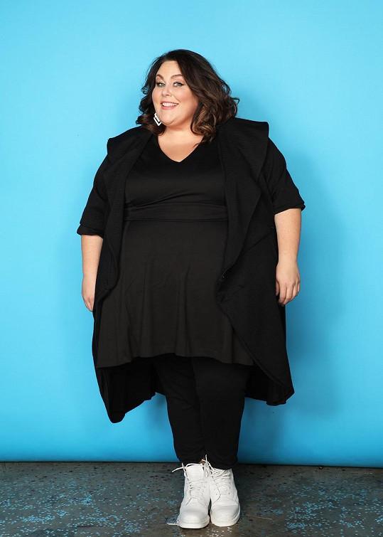 Chrissy je obézní a na své křivky je hrdá.