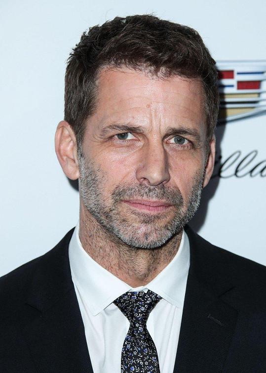 Zack Snyder kvůli sebevraždě dcery Autumn nedokončil film Liga spravedlnosti.