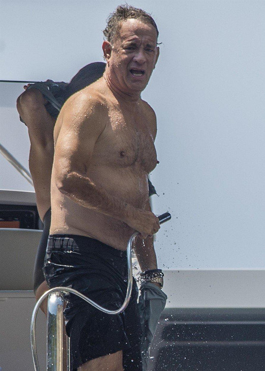 Tom Hanks (62)