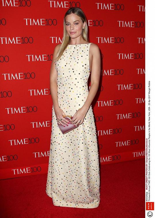 Nebo australská herečka Margot Robbie (26)
