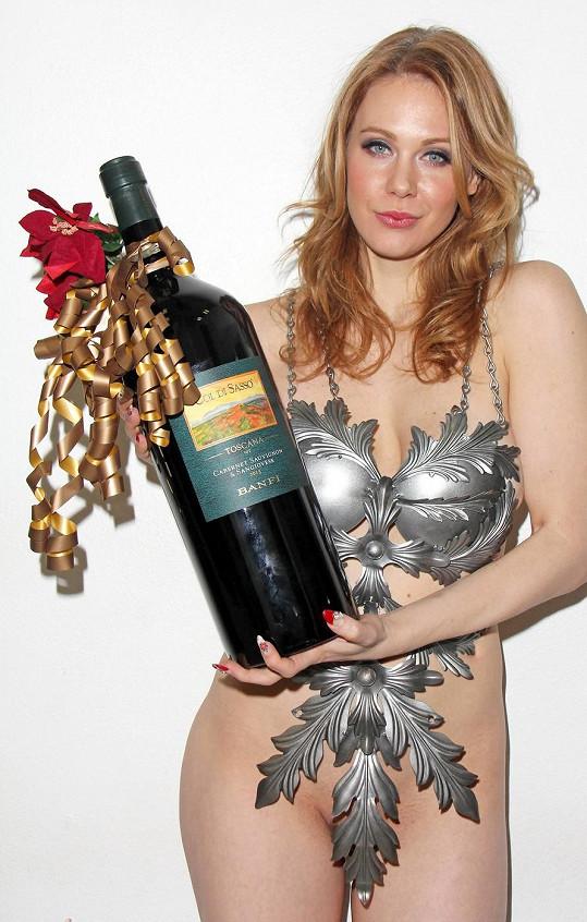 Tento model je vhodný například na silvestrovský večírek.