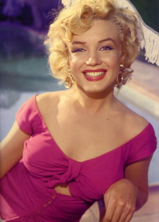 Marilyn Monroe pečovala o svou pleť dle pokynů dermatologa Erna Laszla.