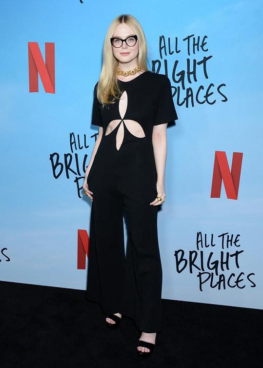 Elle Fanning zvolila zajímavý model na premiéru nového filmu.