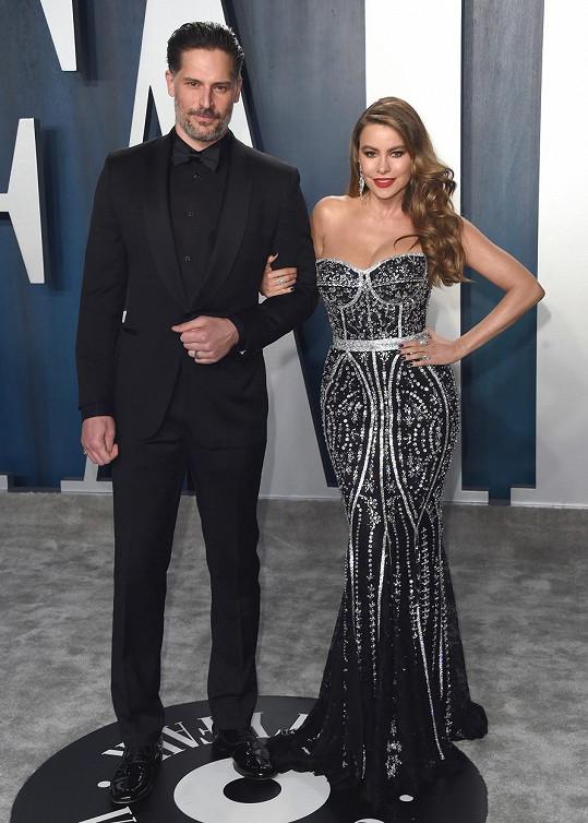 Sofia s manželem Joem, který si například zahrál sexy striptéra ve filmu Bez kalhot.