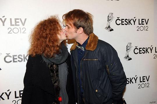 Anna Linhartová s přítelem.