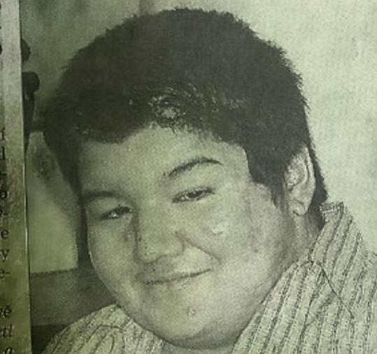 Raego v šestnácti. Spolužáci ho šikanovali.
