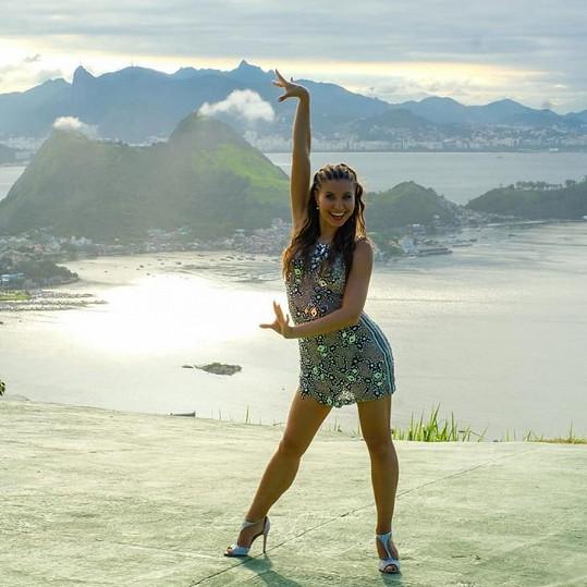 Za sambou létá tanečnice do Brazílie každý rok.