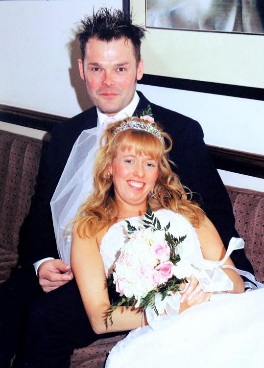Claire si Marcuse brala v roce 2006.
