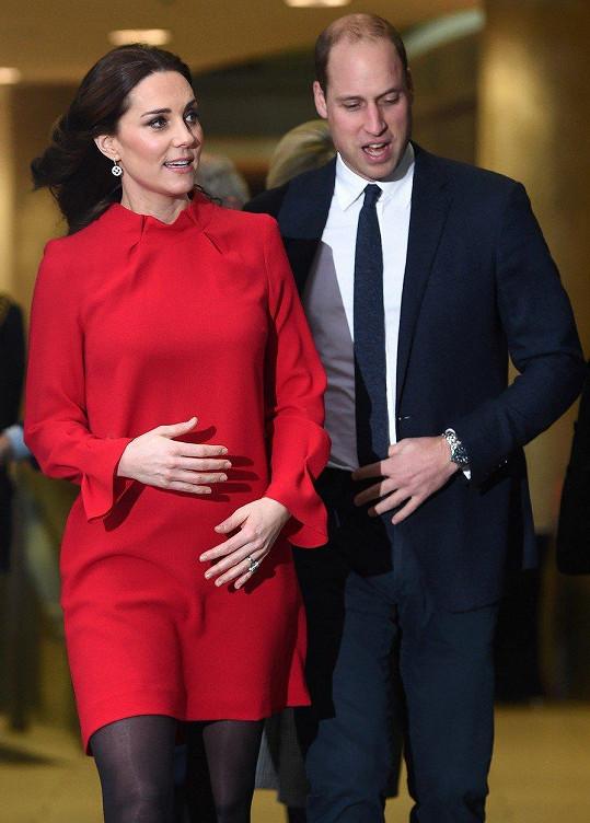 Kate a William se v dubnu dočkají třetího miminka.