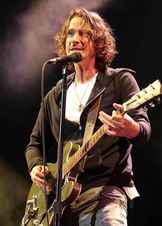 Chris Cornell spáchal v květnu sebevraždu.