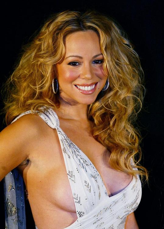 Mariah Carrey byla kosmetičkou...