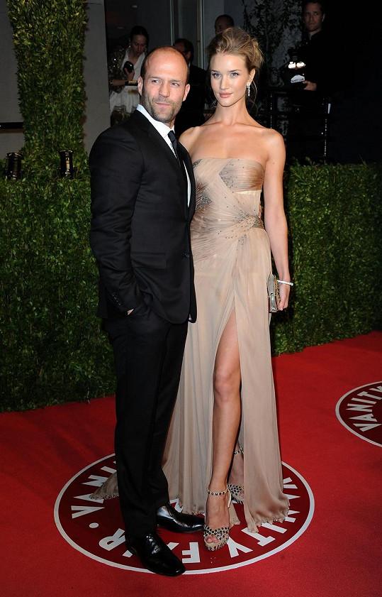 Rosie s letitým partnerem Jasonem Stathamem