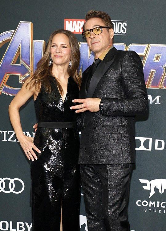 Robert Downey Jr. vzal na premiéru filmu Avengers: Endgame manželku