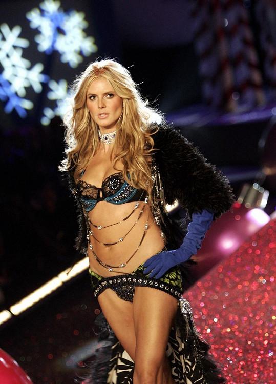 Koneckonců proslula jako modelka spodního prádla.