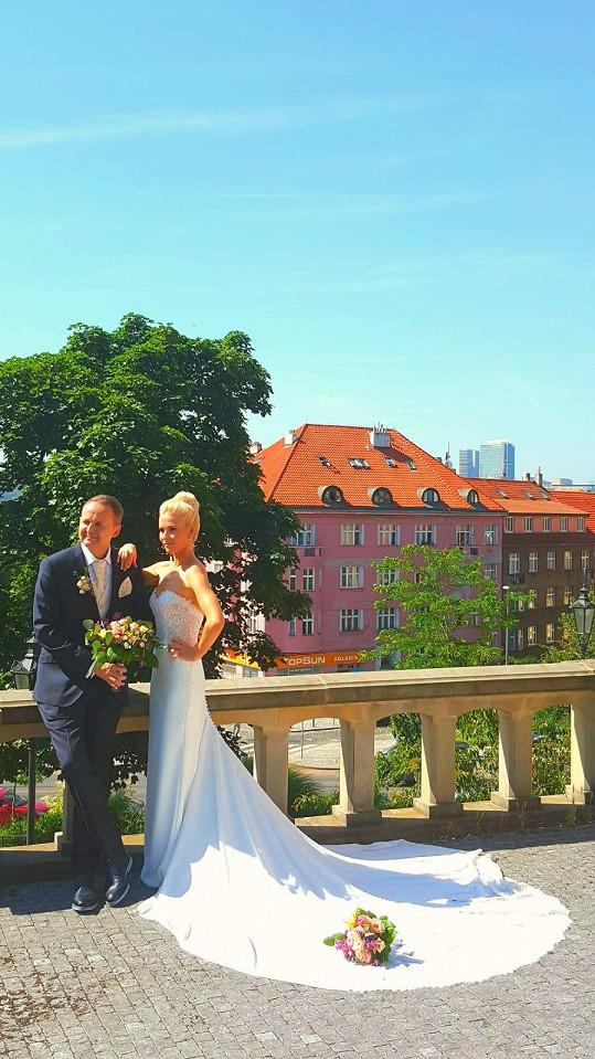 Alice Stodůlková se loni vdala za tenisového experta Vladimíra Houdka.