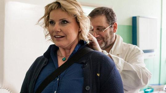 Marika Procházková a Tomáš Töpfer se potkali v povídce Májová romance doktora Mráze.