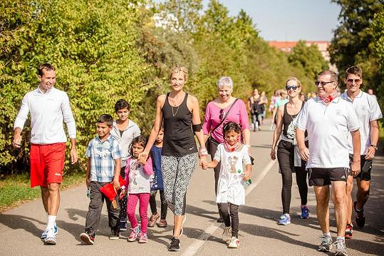 V minulých letech se happening konal na pražském Vítkově. Letos účastníci běhají individuálně.