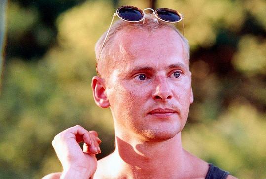 V roce 1994 českým éterem zněly hity Jednou ráno a Mám jednu ruku dlouhou.