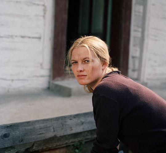 Jana Preissová měla hrát hlavní roli v pohádce Tři oříšky pro Popelku (1973). Zjistila však, že je těhotná.