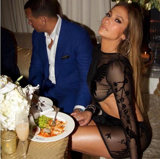 Jennifer Lopez je šťastně zamilovaná.