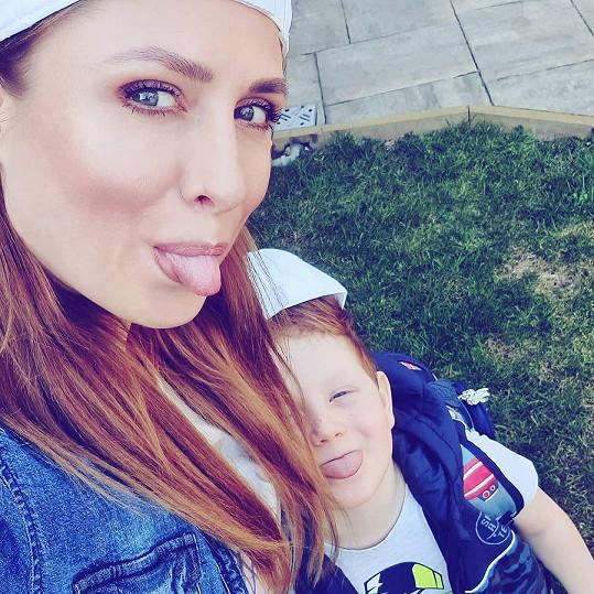 Romana Pavelková získala trvalou péči o svého syna.