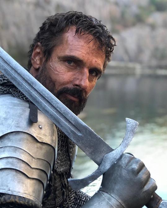Roman Šebrle jako středověký bojovník