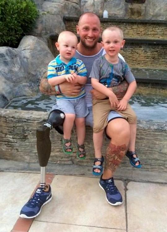 Mark Smith chce být vzorem pro své syny.