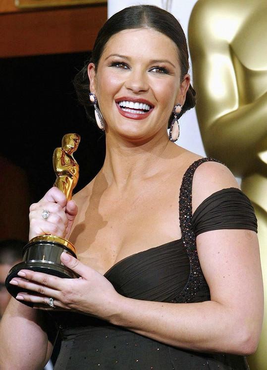 Catherine Zeta-Jones v roce 2003 získala Oscara za film Chicago.
