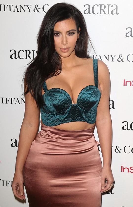 Kim je přesvědčena o tom, že jí s oblékáním nemusí nikdo radit.