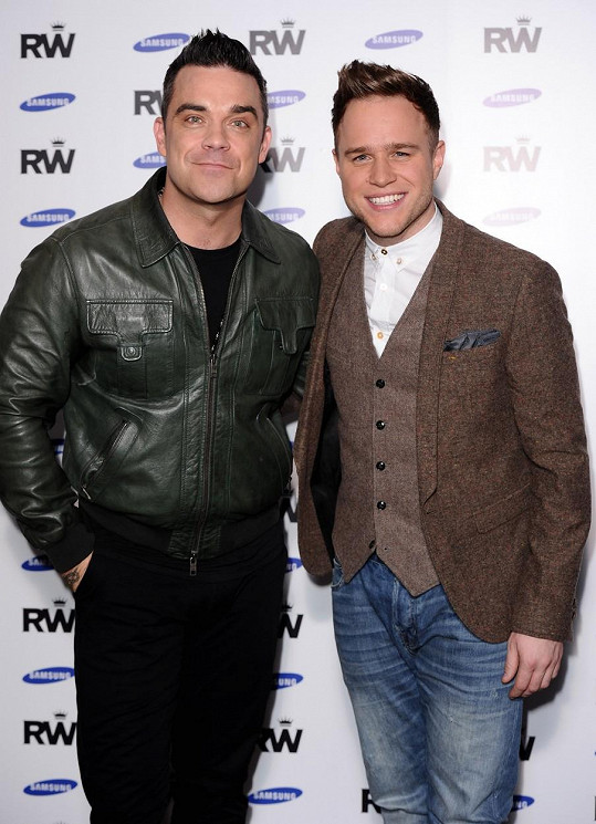 Robbie Williams pomohl zpěvákovi nahoru, když jej vzal v roce 2013 jako svého předskokana na turné.