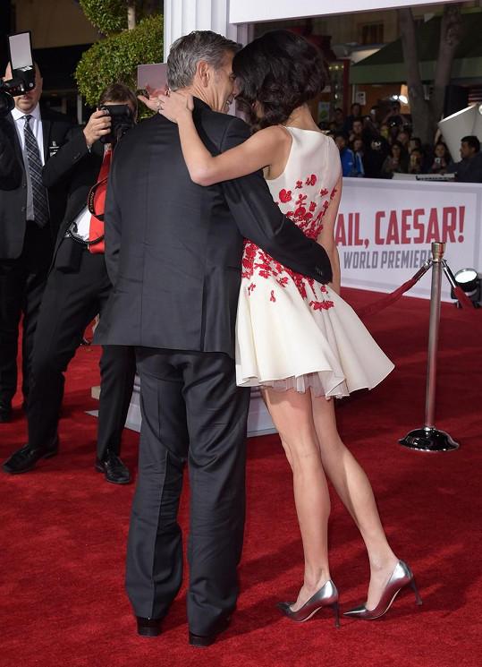 George a Amal Clooney na premiéře snímku Ave, Caesar!