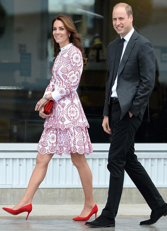 Kate a William navštívili Kanadu.