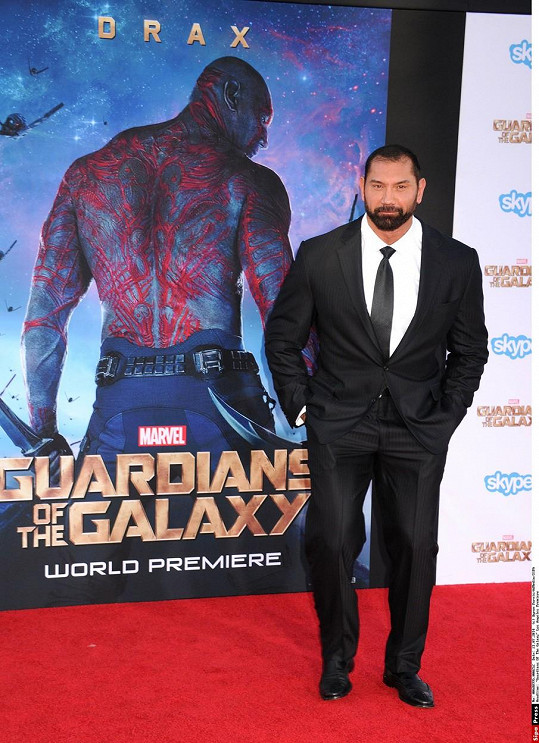 Dave a jeho filmové já Drax na premiéře filmu Strážci galaxie