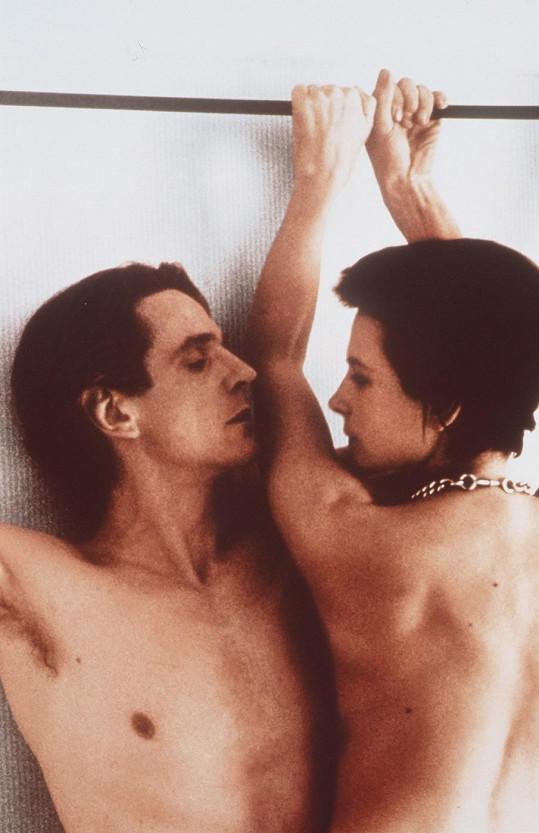 Jeremy Irons a Juliette Binoche v hlavních rolích