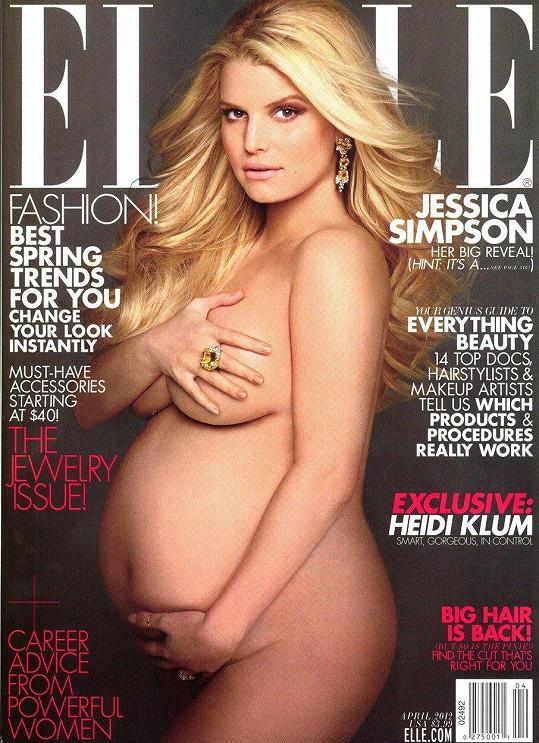 Takhle pózovala při jednom z předchozích těhotenství.