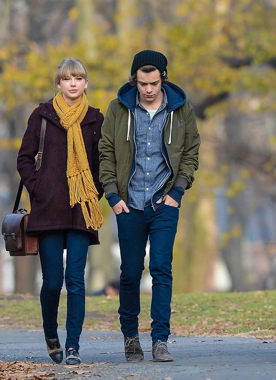 S Taylor Swift chodil Harry krátce v roce 2013.