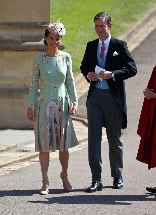 Pippa a James na svatbě prince Harryho a Meghan
