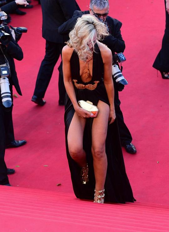 Představení v Cannes nedopadlo pro Victorii úplně ideálně.