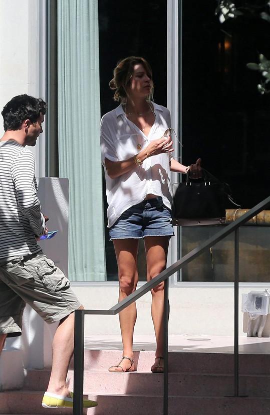 Gabriela Peacock byla s Harrym na svatbě jejich kamaráda v Americe.