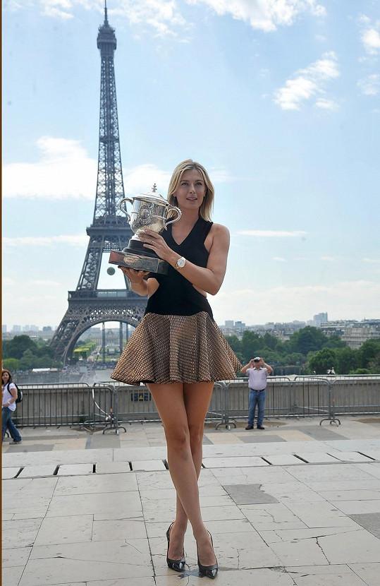 Maria se svou poslední trofejí z turnaje French Open.