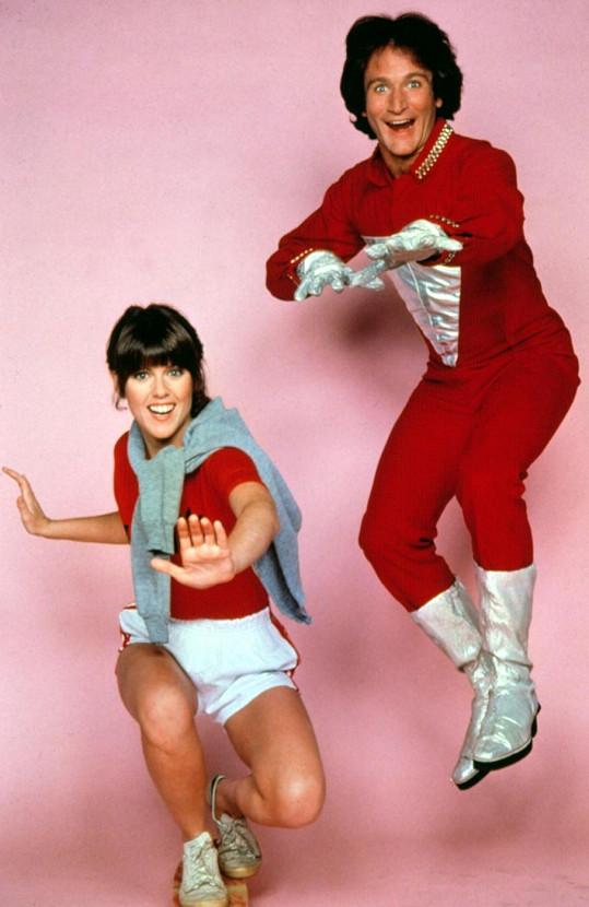 Do povědomí se Robin Willims dostal díky televiznímu seriálu Mork a Mindy (1978), který se natáčel dva roky.