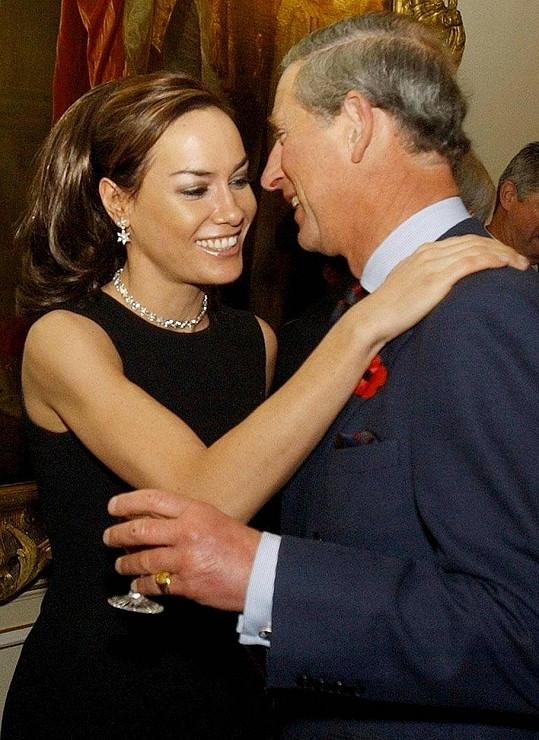 Tara měla díky svým rodičům blízko k britské královské rodině.