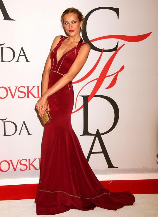 Petra oblékla překrásné šaty tuniského návrháře Maxe Azrii.